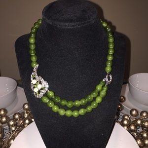 Jewelry - Green leaf necklace 🍃